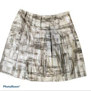 Chico's gray & white sketching pleated skirt 12